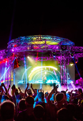 Atlanta-EDM-Festival-2014-TomorrowWorld
