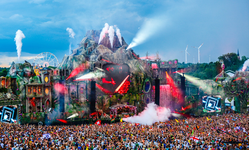 Tomorrowland_2013